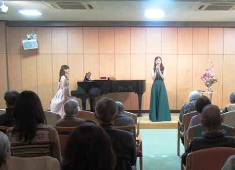 20121229歌とピアノのコンサートa