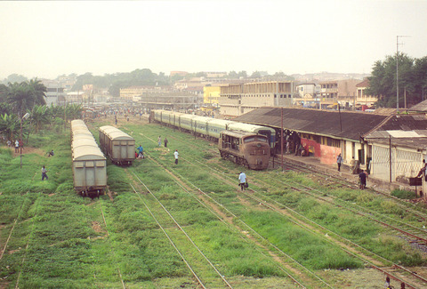 Railway_Station_Kumasi_2005