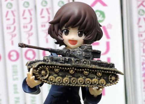 秋山戦車2