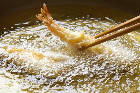 芸術的な和食に妥協なし天ぷら職人「天ぷらは作るのが難しいから10年修行しろ」