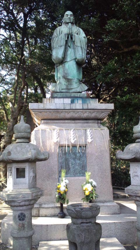 霊光寺5日蓮像