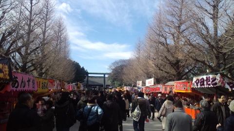 2011初詣・靖国神社3