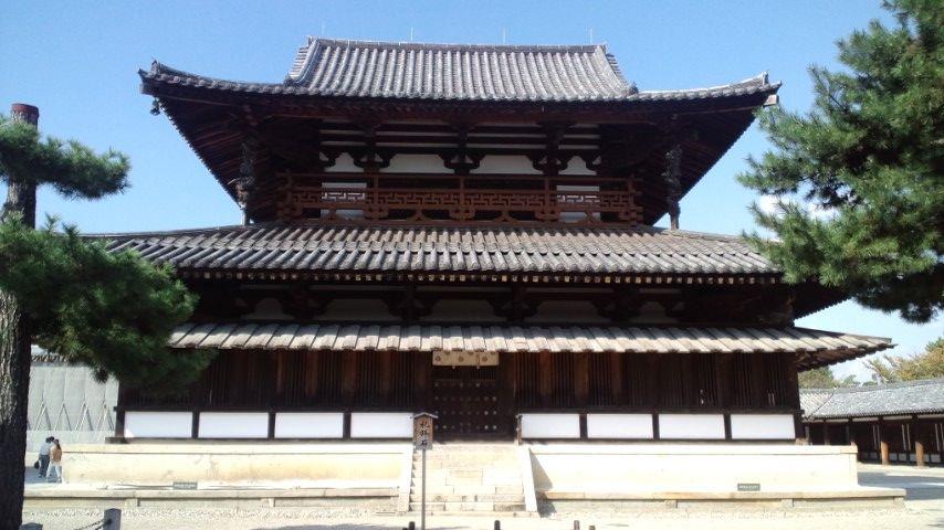 法隆寺22金堂 ところで金堂の壁画は日本の仏教絵画の代表作として国際的に著名なもので... ~堂