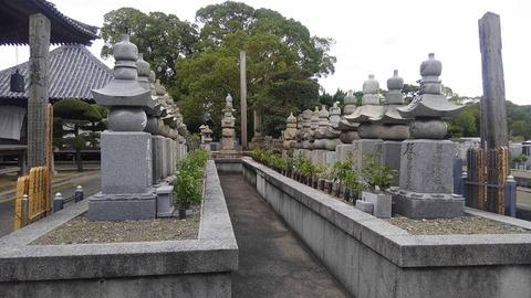 讃岐31歴代墓地1
