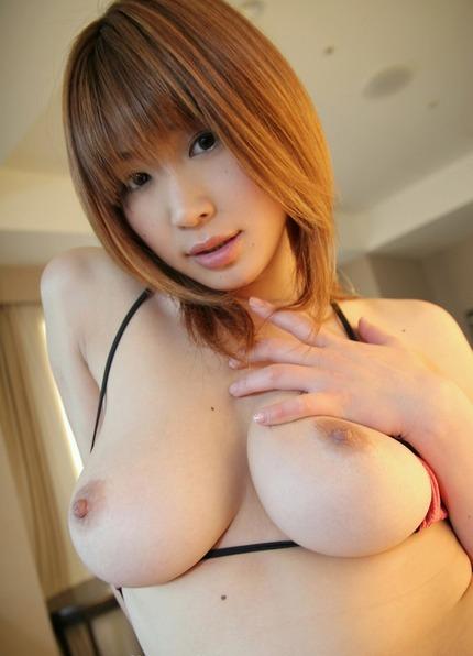綺麗な女性たちが裸になった時、こんな綺麗な巨乳が出てきたら嬉しい