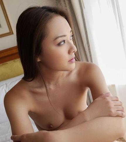 30代になっても衰えない美魔女が性欲のままSEXしまくる、たかせ由奈