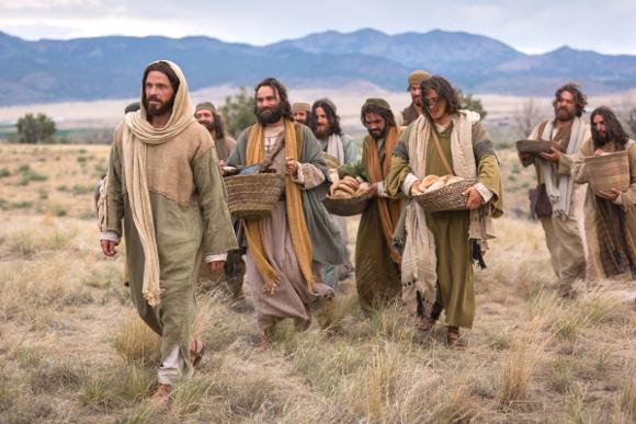 bible-films-christ-walking-disciples-1127657-wallpaper