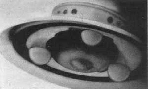 ジョージ・アダムスキー 1952年12月13日 2