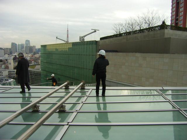 カビ調査と防カビ作業/臭気調査とオゾン脱臭作業