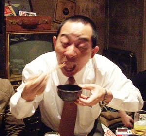 ワイントンを食べるひでまろ(恥) ヤバいうまさ!