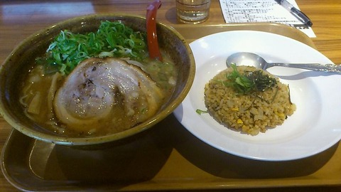 自家製麺所らーめん吉匠丸 匠醤油らーめん&海老焼めし(小)