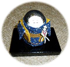 ヨウム玉子人形