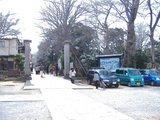 法華経寺入り口内側