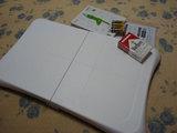 白い、重さは3kgくらい?