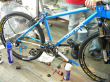 DEAN with Extralite Crank & Wheelset