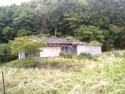 真っ黒くろすけ の 住む家