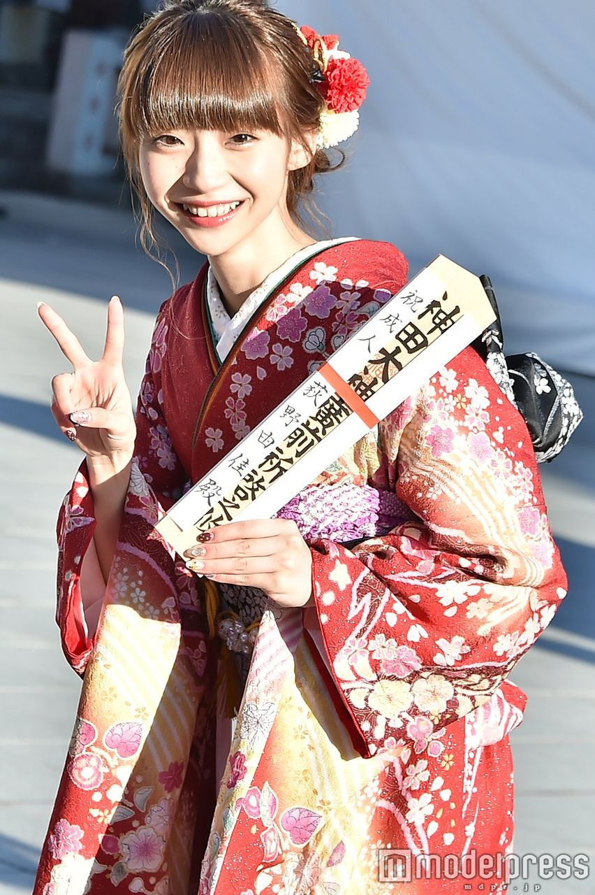 【画像】炎上中のNGT48荻野由佳が成人式 「ナンバーワンを目指す!ショートカットに挑戦したい!」 批判殺到