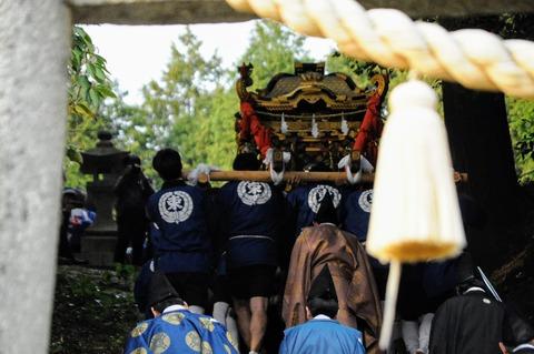 御式年祭_束荷神社2d-187