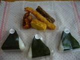 惣菜と50円おにぎり