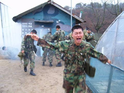 韓国軍 逃亡