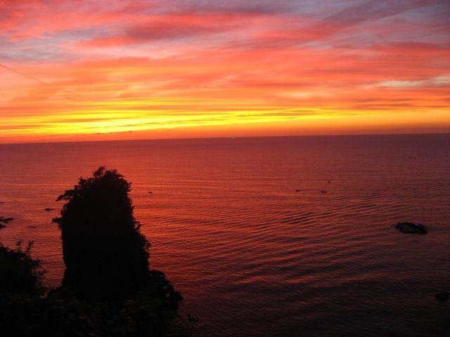 日本海の夕焼け