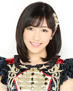 250px-2016年AKB48プロフィール_渡辺麻友