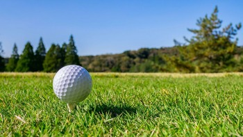 【ゴルフ】アマチュアにも分かりやすいように ゴルフルール、35年ぶりの大幅変更 人気ジリ貧の反転攻勢なるか