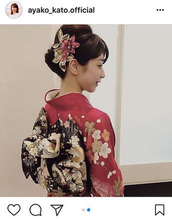 【加藤綾子アナ】晴れ着姿のうなじにファンため息「見返り美人」「綺麗すぎる」