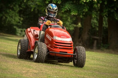 honda_fastest_mower2013005-618x411