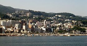 280px-Atami_view_from_ocean