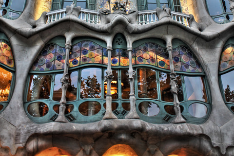 casa_batllo_by_logan_chem-d3l3uca