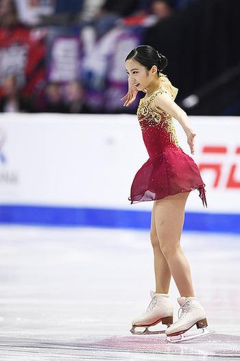 【フィギュアスケート】紀平梨花『GPファイナル』優勝で「本田真凜はこのまま終わるのか」