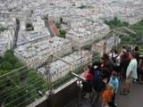 パリ、エッフェル塔の観光客1