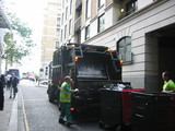 ロンドン、ごみ収集車