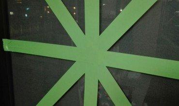 窓ガラス台風対策