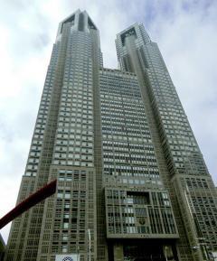 東京15人 歓楽街で働く人の感染また…