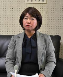 草津町長が女性町議らを名誉毀損で告訴「性交渉は事実」新井氏反論