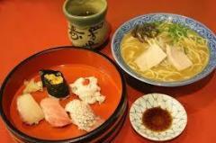 日本人男性の「寿司・ラーメン離れ」