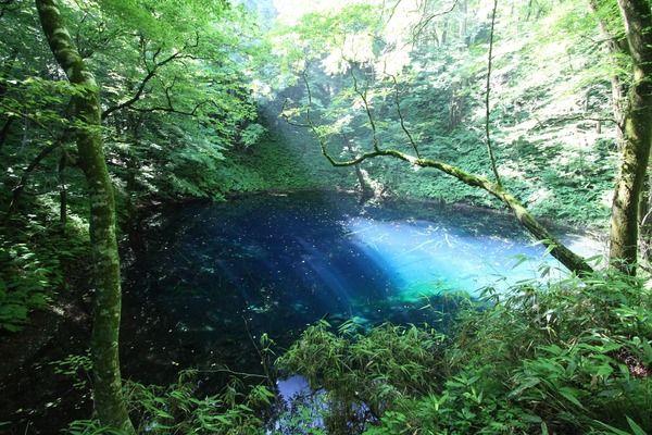 水が作り出す素晴らしい光景『水の色が綺麗な写真貼ってく』