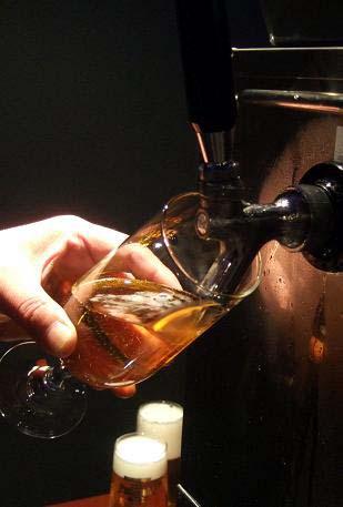美味しいビールの注ぎがたの講座