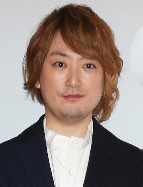 【速報】NHK紅白歌合戦出場人気歌手にフライデー砲が直撃wwwwwwwwwwww