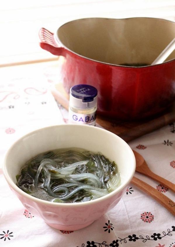寒い日には身体の中から温めよう!ジンジャー香る食べるスープ