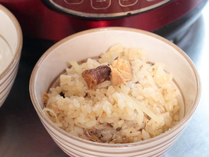新しょうがとさば缶の炊き込みご飯【レシピ】