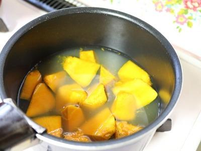 1だし汁で煮る(みりん醤油小匙2)