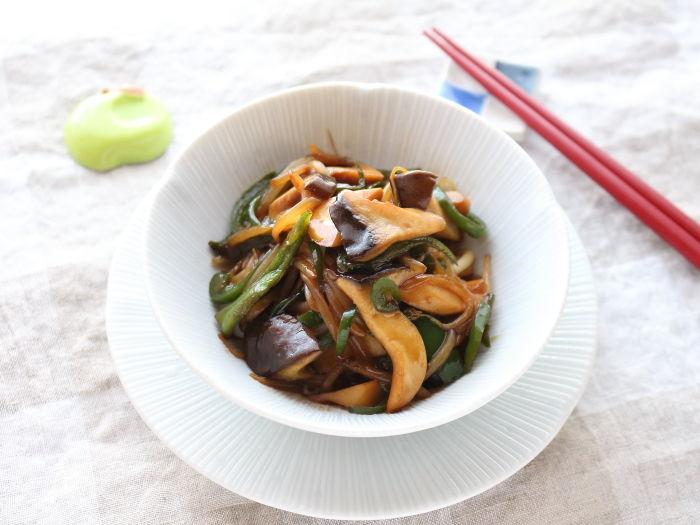 エリンギと節約野菜でオイバタ炒め☆また食べたいと思う味!大人も子供も大好きな味♡