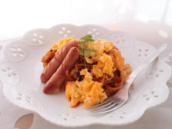ナポリタンスパゲッティ。休日のランチは簡単で美味しいものを♪
