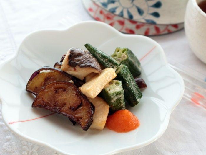 揚げ茄子とオクラ、エリンギのマヨ炒め☆フライパンだけで簡単調理!後半は茄子を使ったレシピ4選まとめてご紹介!