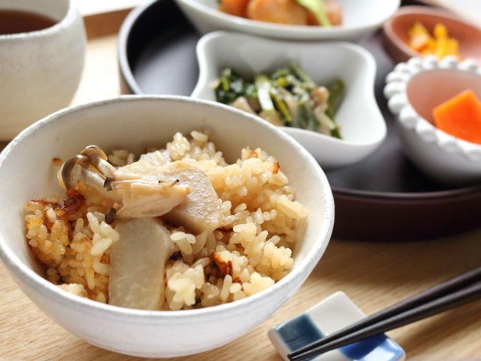 しめじと里芋の炊き込みごはん☆新米で作る秋の味わい♡