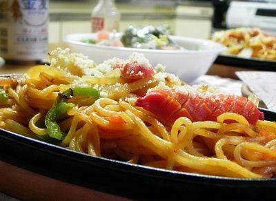 鉄皿de昭和のイタスパ「鉄板イタリアン」