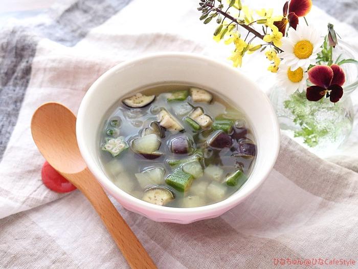 野菜をたっぷり食べるスープ☆【スパイス大使:キャラウェイ】朝からしゃきっと食べて目覚める。今日もよい1日を♪
